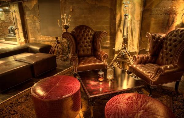 een interieur in steampunk stijl