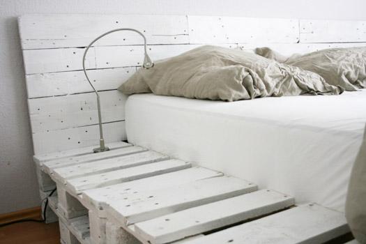 Bedden Zelf Maken Pallets Steigerhout En Buizen