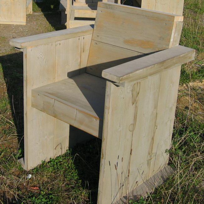 Picknicktafels van steigerhout zelf maken met gratis bouwtekeningen