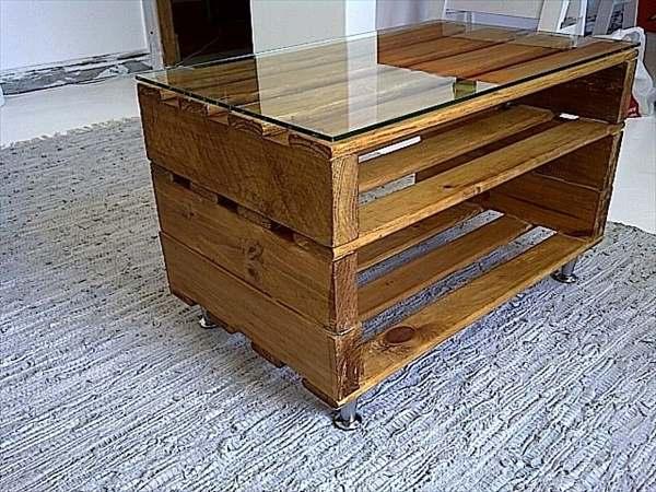Hoog model salontafel van een pallet.