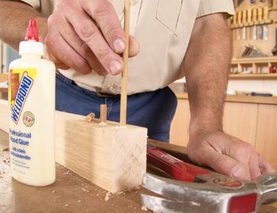 Duvels van een pen en gat verbinding voor hout.
