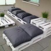 Maak zelf een loungeset, loungemeubilair van pallets.