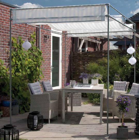 Maak dit zonnescherm zelf van steigerbuizen en zeildoek.